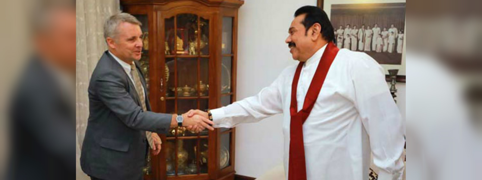 German Ambassador to Sri Lanka calls on Opposition Leader Mahinda Rajapaksa