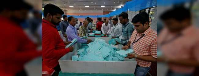 India starts counting 600 mln votes, Modi looks at second term