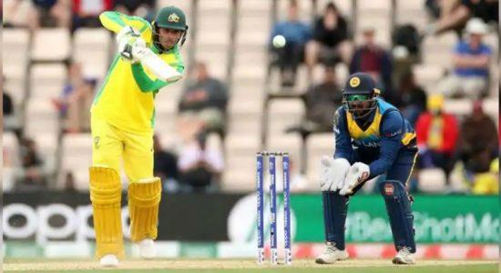 Sri Lanka suffer 5 wicket defeat against Australia