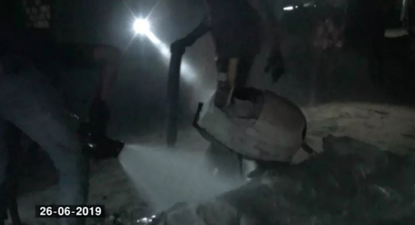 Fire incinerates over 20 fishing vessels in Kalametiya