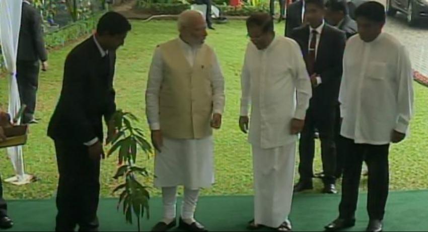 Modi meets President
