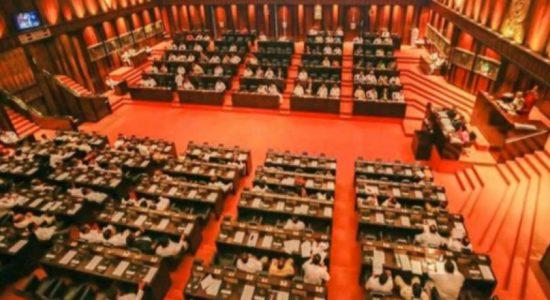 Cabinet to discuss Batticaloa campus report today