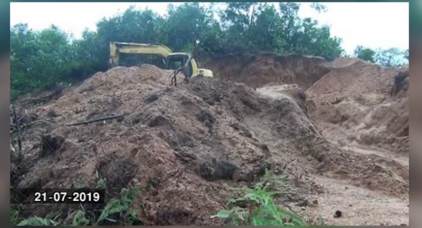 Large scale sand mining racket in Tukinhanwatta backed by politician?