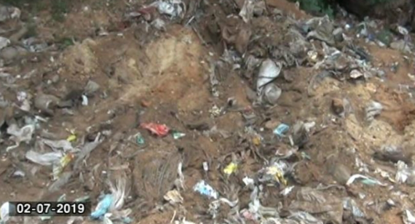 Public Cemetery in Tissa wewa becoming garbage dump