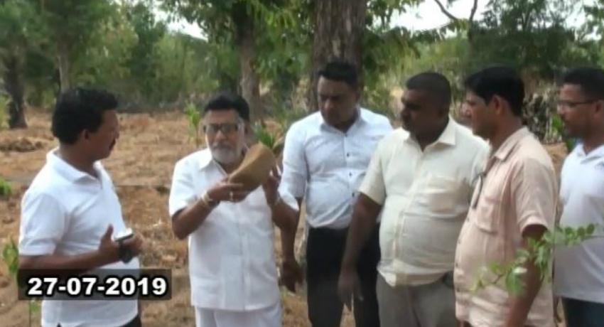 Mervyn Silva on observation tour in Vjithithapura