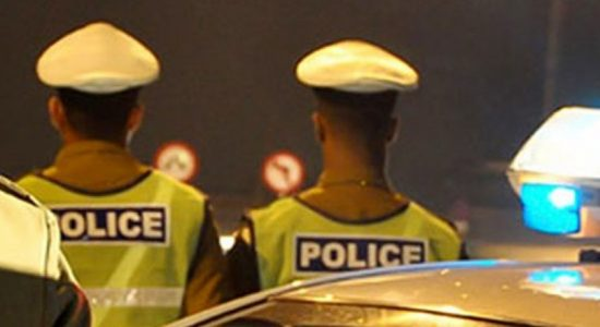 Two traffic police officers attacked in Batticaloa