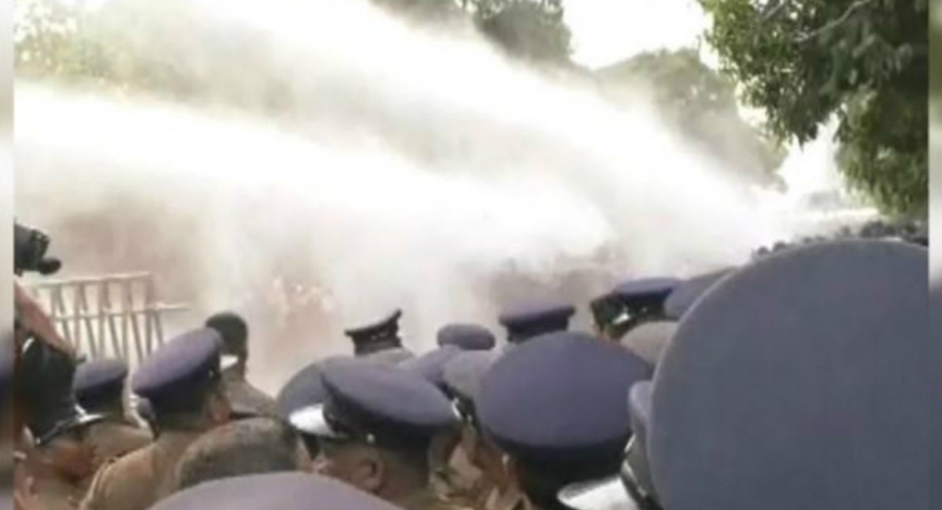HND protesters met with water cannons and tear gas