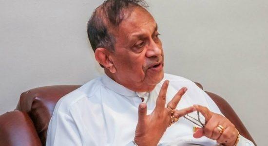 Karu Jayasuriya expresses gratitude to Maha Sangha