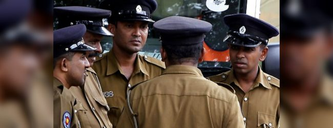 Prison guard's weapon discharges by accident near Hambantota Court
