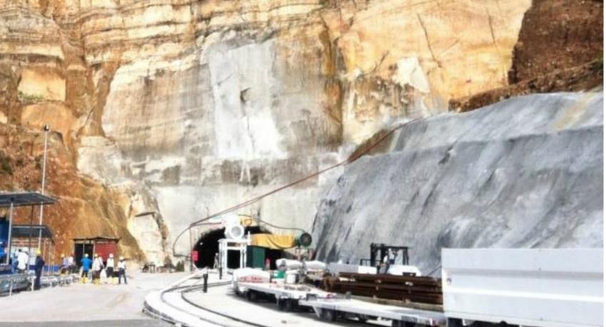 Uma Oya: Main tunnel from Dayaraba to Randeniya complete