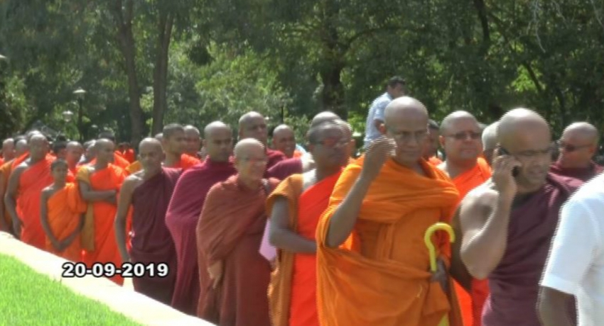 Maha Sanga inititates a march requesting Premadasa be named presidential candiate