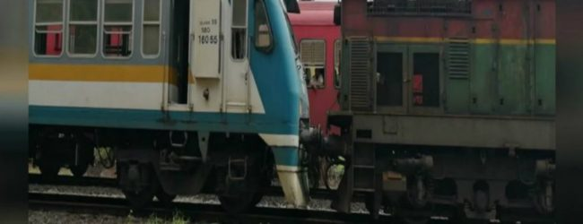 Train derails near Mahawa : Northern railway line train traffic disrupted