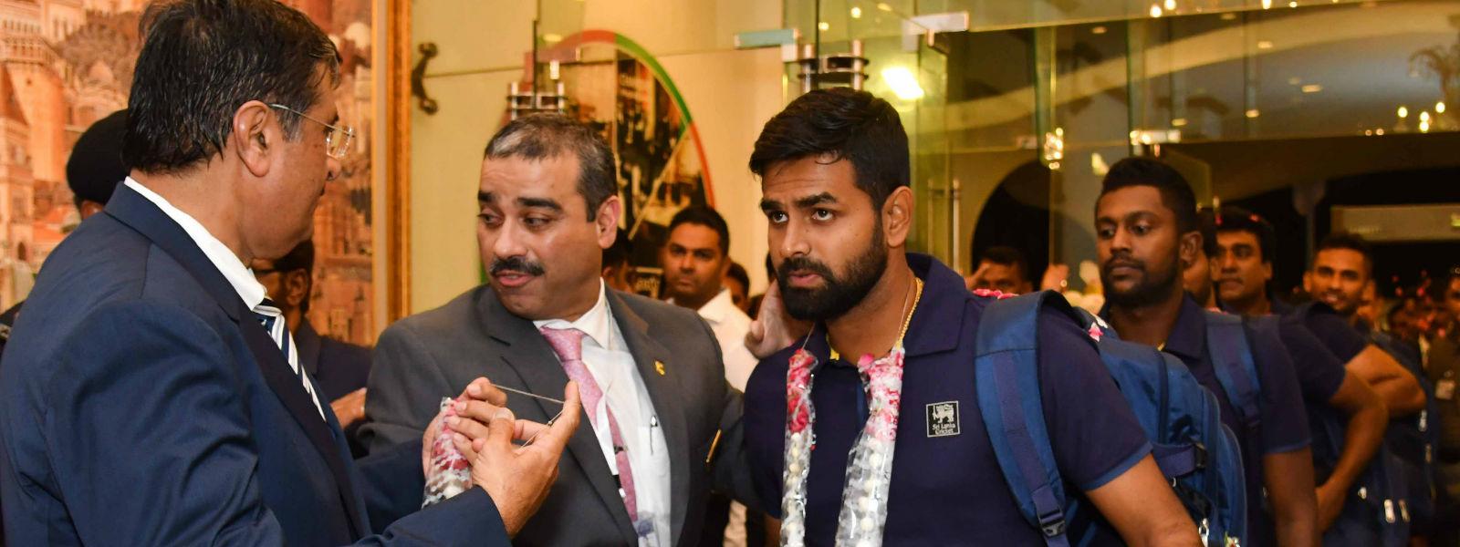 Sri Lanka arrives in Karachi for SL vs Pak series