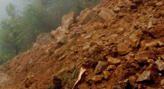 Landslide in Poddala injures three