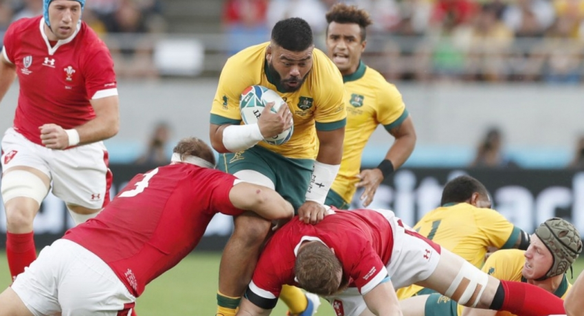Wales hold on to beat Australia and take control of Pool D
