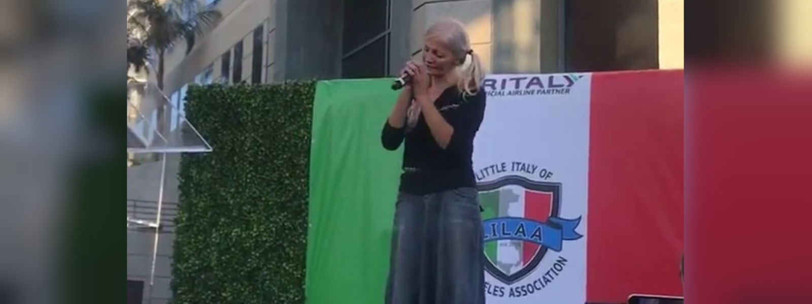 Homeless subway opera singer gets Little Italy stage