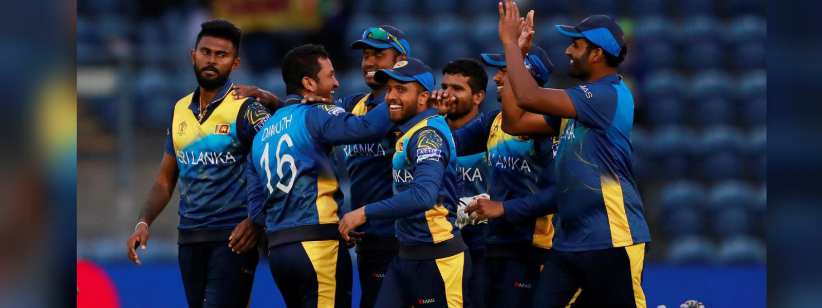 Oshada Fernando, Wanindu Hasaranga the stars as Sri Lanka whitewash Pakistan