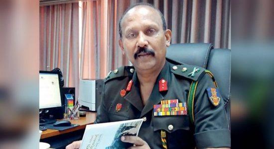 Major General Kamal Gunaratne assumes duties as new Defence Secretary