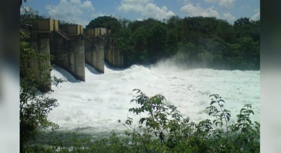 Spill gate of the Udawalawa reservoir opened