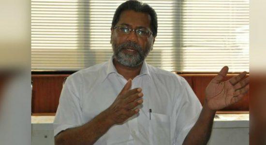 State Minister Vidura Wickremanayake uncovers illegal sand mining operation