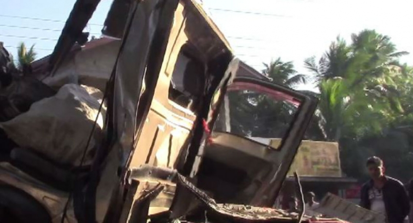 Embilipitiya motor accident claims 3 lives