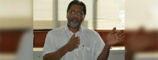 State Minister Vidura Wickremanayake uncovers illegal sand mining operation