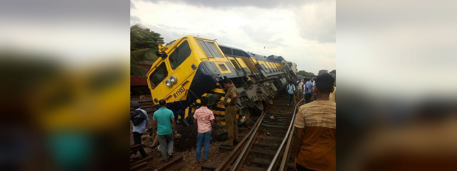 Train derailed in Maradana