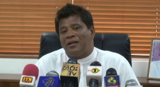"""We will not hold you back like the Rajapaksas""- UNP MP Ajith Mannapperuma invites President"
