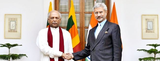 Minister Dinesh Gunawardena meets Indian Minister of External Affairs