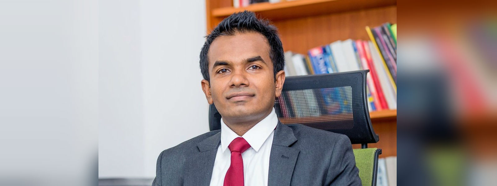 Chairman of the Land Reform Commission Nilantha Wijesinghe assumes duties