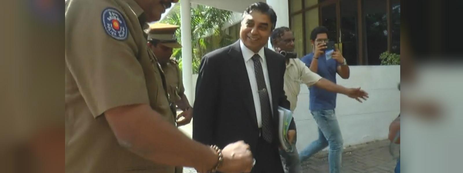 Pujith Jayasundara arrives at PCoI probing 4/21 attacks