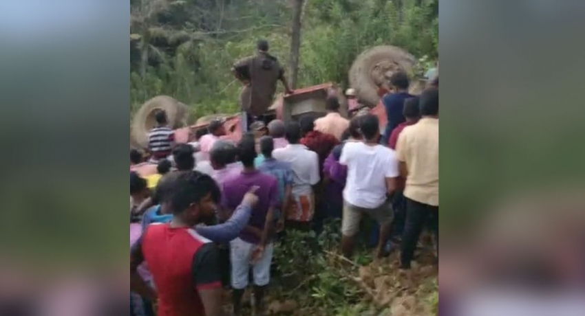 SLTB bus veers off a precipice: 7 dead 40 injured