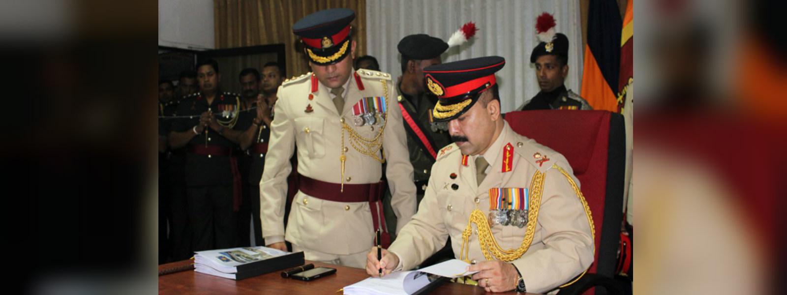 Retired Major General Vijitha Ravipriya to head Customs Dept.