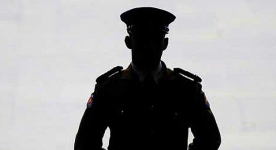 Police officer arrested while soliciting bribe of Rs. 25,000