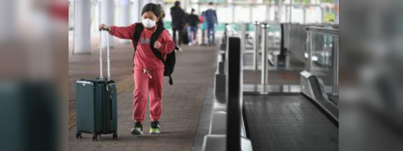Coronavirus: Hong Kong imposes quarantine rules on mainland Chinese