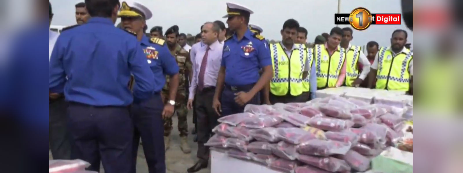 28 suspects arrested with 400kg of Heroin arrive in Dikkowita