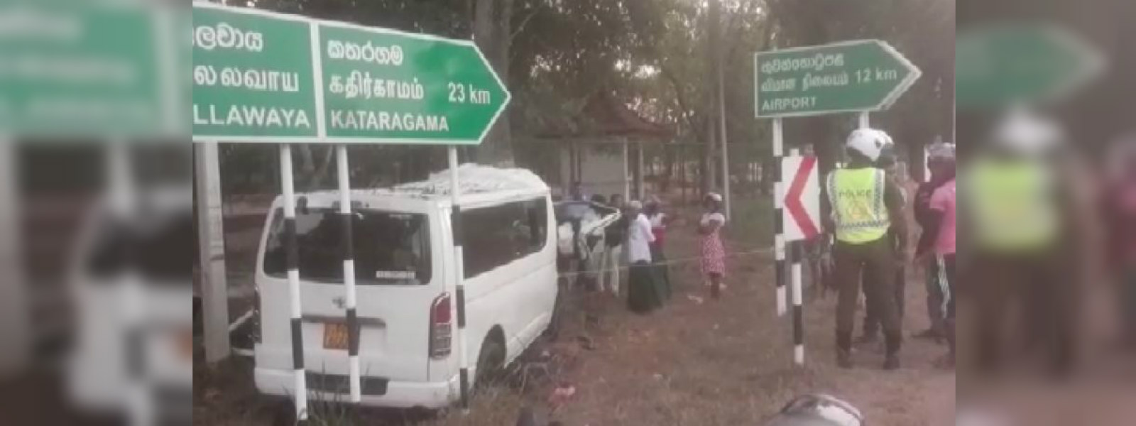 6 dead and 3 injured in Lunugamwehera motor accident