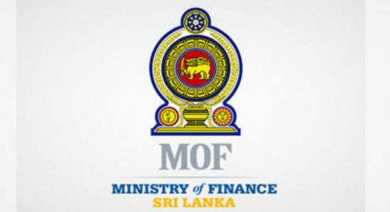 Sri Lanka tightens foreign exchange controls for three months
