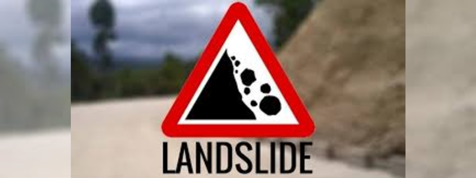 People living in Lellopitiya, Ratnapura in distress due to landslide threats