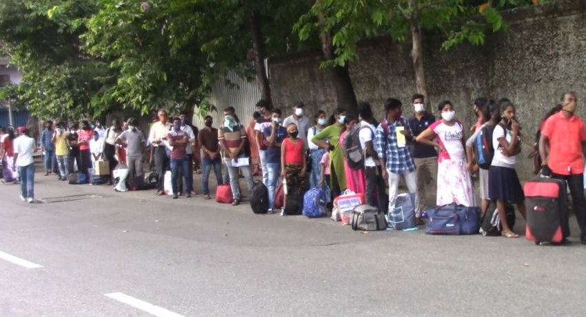 2,000 people stranded in Colombo, sent back to their villages