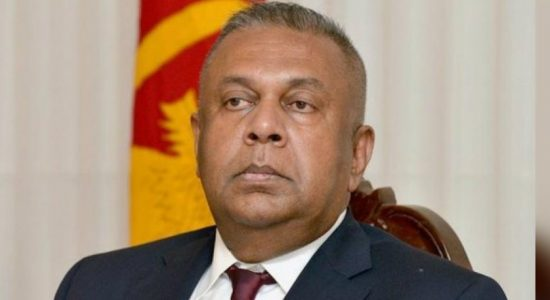 Fmr. Minister Samaraweera appears before CID