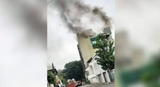 Fire erupted at a building in Maradana, doused