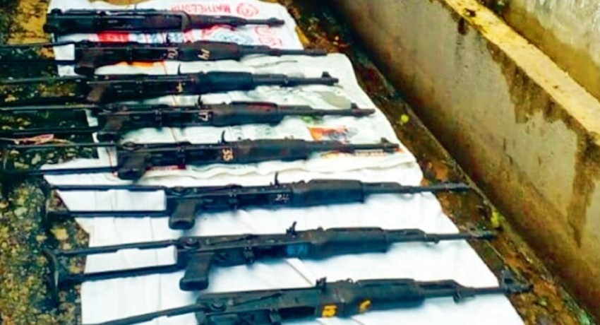 "Weapons from ""Pitipana Underworld Arms Cache"" given to Govt. Analyst for tests"