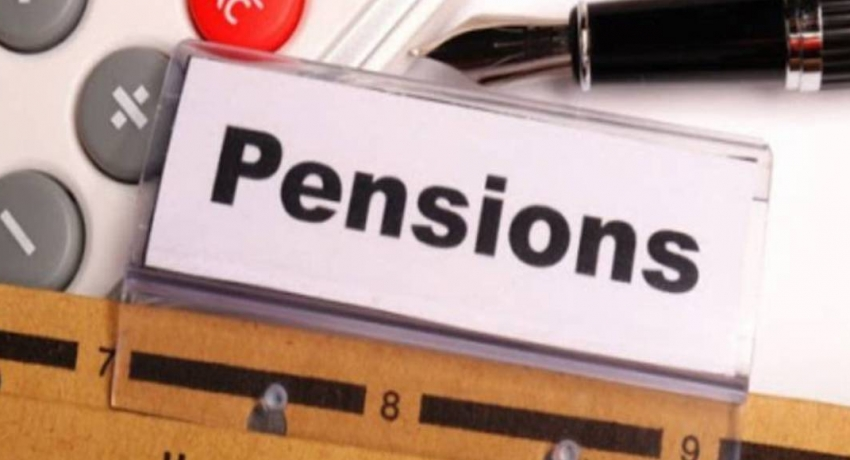 Retired public officers protest against delay in hiking pensions