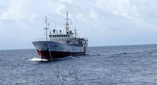 SLN assists distressed Kenyan flagged vessel in high seas