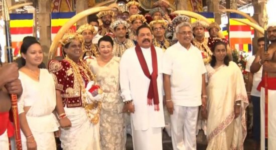President, PM visit Dalada Maligawa Temple
