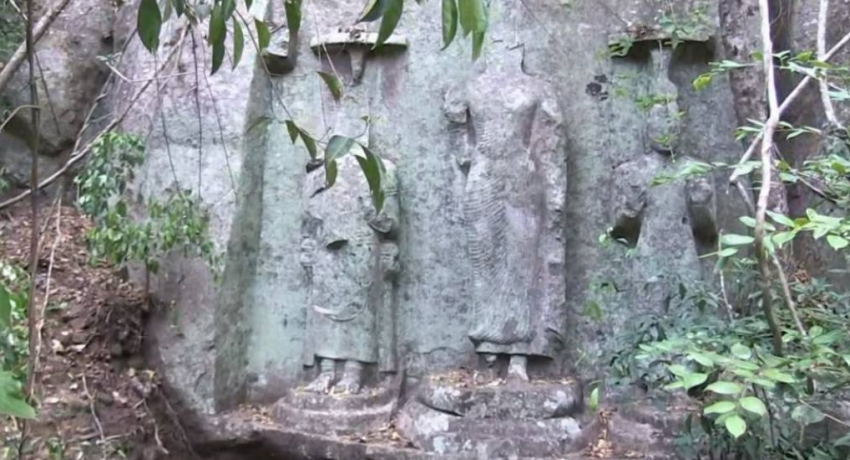 Three ancient Bodhisattva statues located in Budupatangala