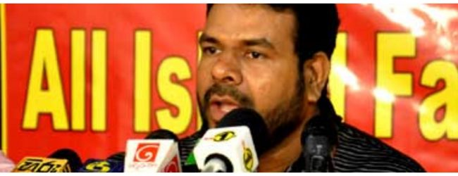 Namal Karunaratne challenges Kurunegala Mayor to file court case