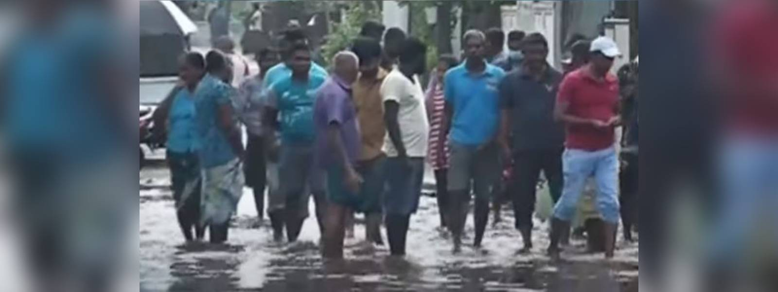 Moratuwa residents stage protest demanding drainage system