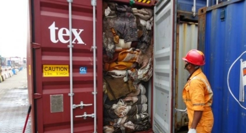 Customs to repatriate garbage-filled freight containers to the UK